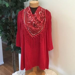 🎈. Catherines 0x red 3/4 sleeve tee w/ scarf